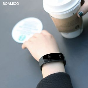 smart watches BOAMIGO brand bracelet wristband bluetooth heart rate message reminder Sleep Monitoring for IOS Android phone 1