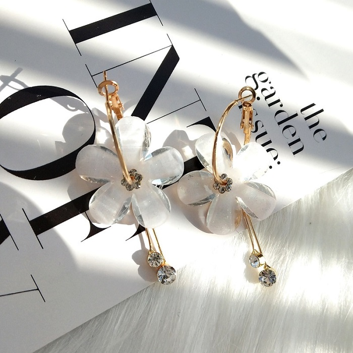 best earrings buy online