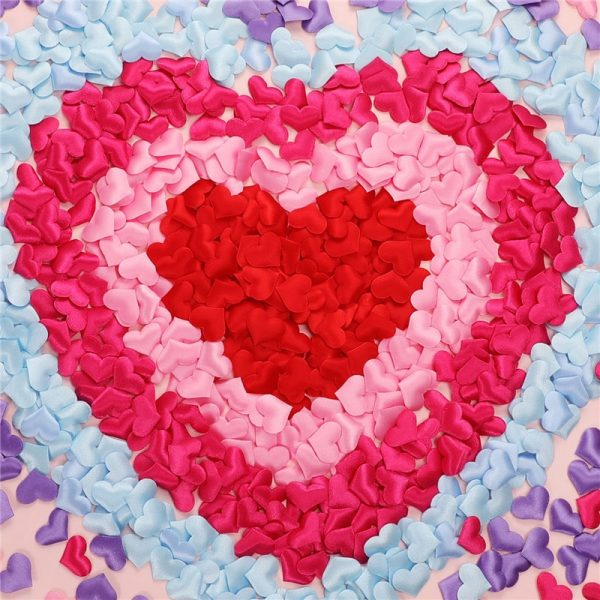 rose petals on bed for girlfriend